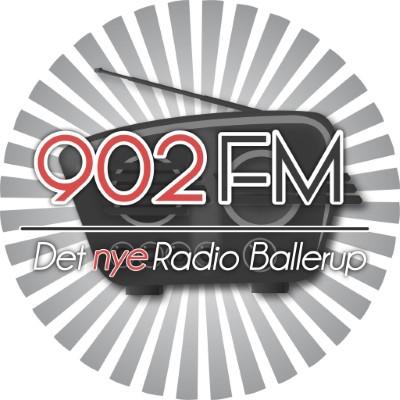 902FM
